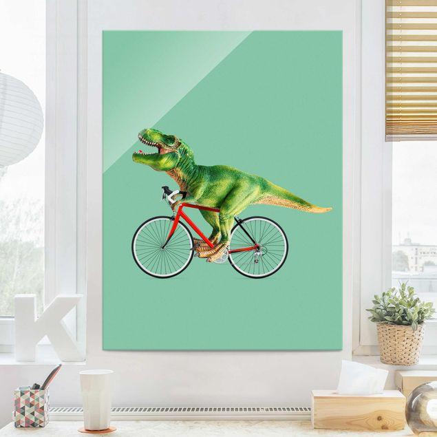 Glasbild - Jonas Loose - Dinosaurier mit Fahrrad - Hochformat 4:3