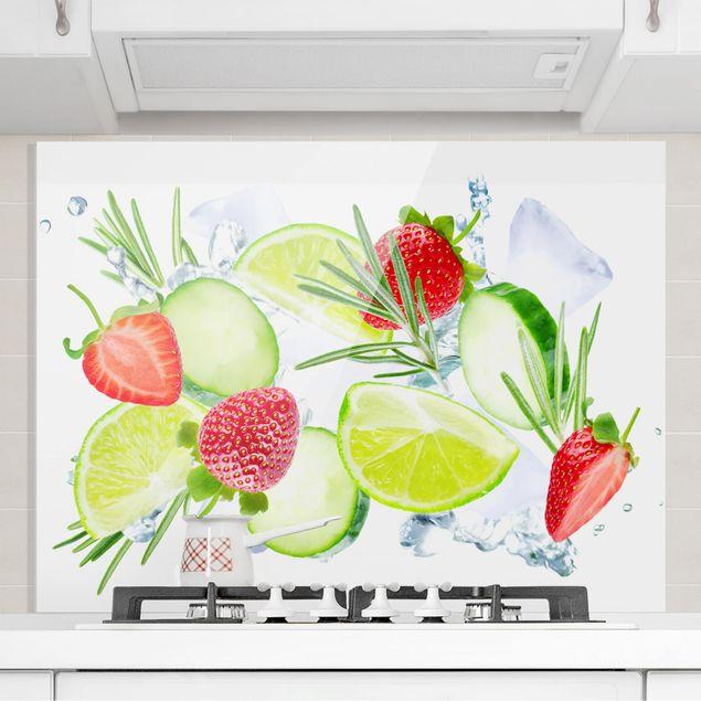 Glas Spritzschutz - Erdbeeren Limetten Eiswürfel Splash - Querformat - 4:3