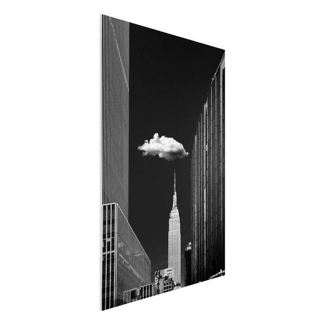 Forex Fine Art Print - New York mit einzelner Wolke - Hochformat 3:2