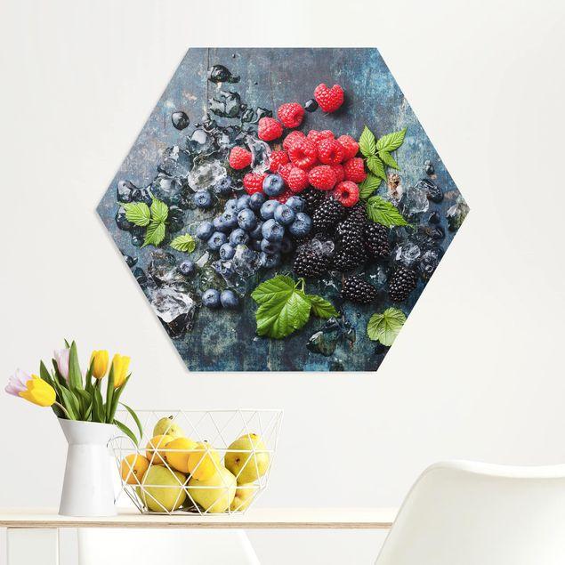 Hexagon Bild Forex - Beerenmischung mit Eiswürfeln Holz