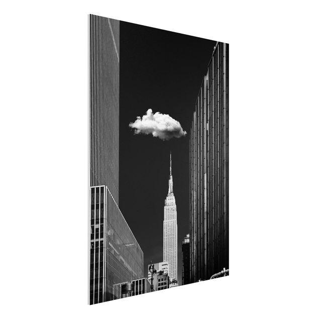 Forex Fine Art Print - New York mit einzelner Wolke - Hochformat 4:3