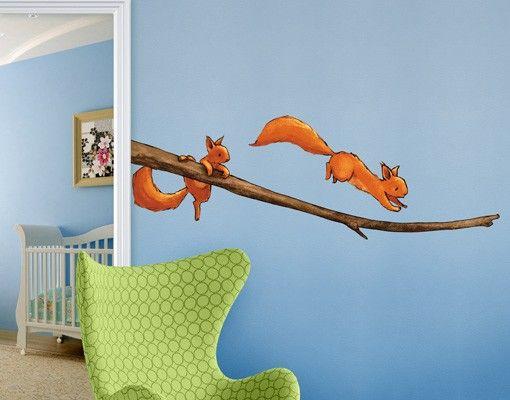 Wandtattoo Babyzimmer Einhörnchen auf dem Ast