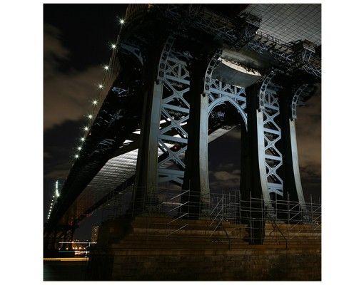 Beistelltisch - Manhattan Bridge bei Nacht