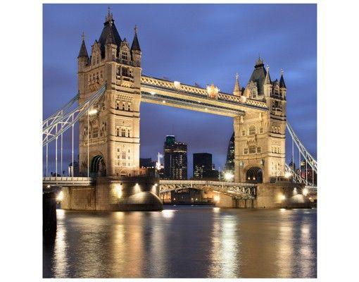 Beistelltisch - Tower Brücke bei Nacht