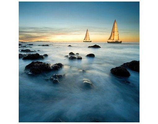 Beistelltisch - Segelschiffe im Ozean