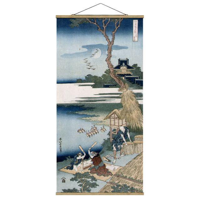 Stoffbild mit Posterleisten - Katsushika Hokusai - Bauernfamilie schlägt Wäsche - Hochformat 1:2
