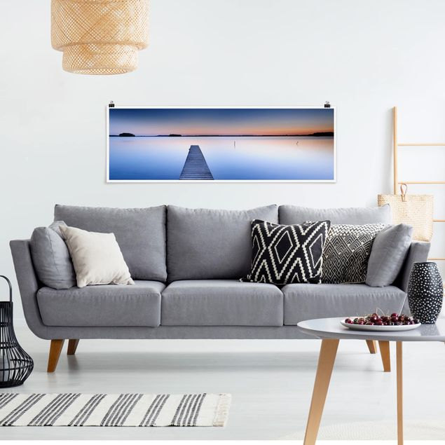 Poster - Flusssteg bei Sonnenuntergang - Panorama Querformat