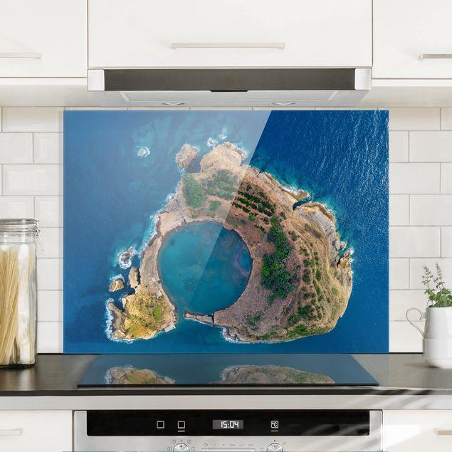 Glas Spritzschutz - Luftbild - Die Insel Vila Franca do Campo - Querformat - 4:3