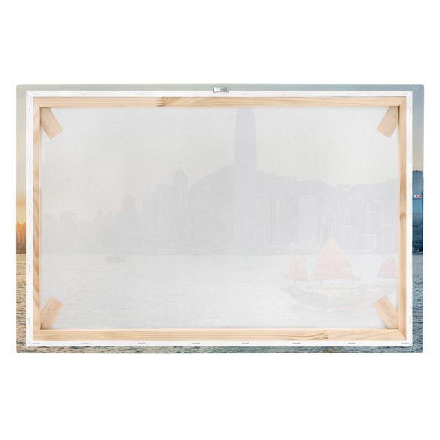 Leinwandbild - Dschunke im Victoria Harbour - Querformat 3:2