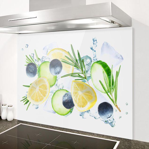 Glas Spritzschutz - Blaubeeren Zitronen Eiswürfel Splash - Querformat - 4:3
