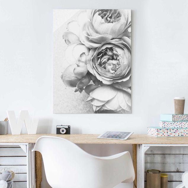 Glasbild - Pfingstrosenblüten Schwarz Weiß - Hochformat 4:3