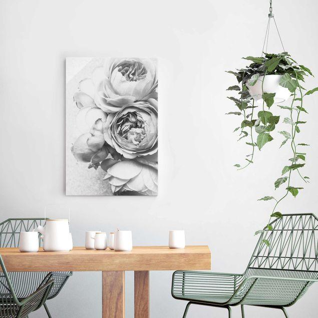 Glasbild - Pfingstrosenblüten Schwarz Weiß - Hochformat 3:2