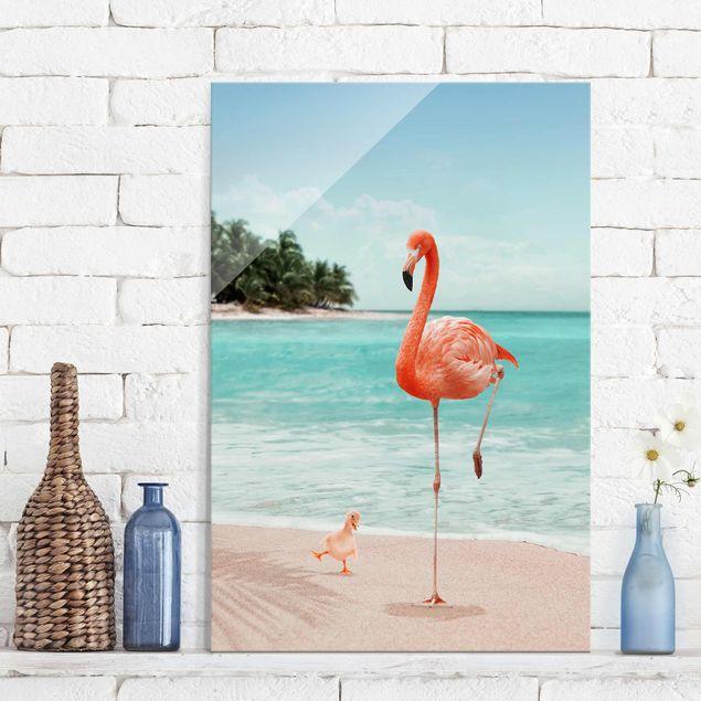 Glasbild - Jonas Loose - Strand mit Flamingo - Hochformat 3:2