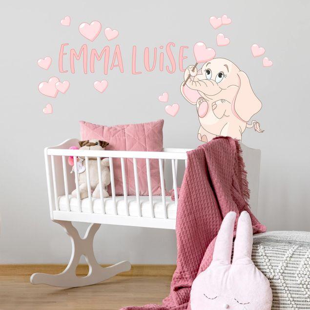 Wandtattoo mit Wunschtext - Rosa Babyelefant mit vielen Herzen