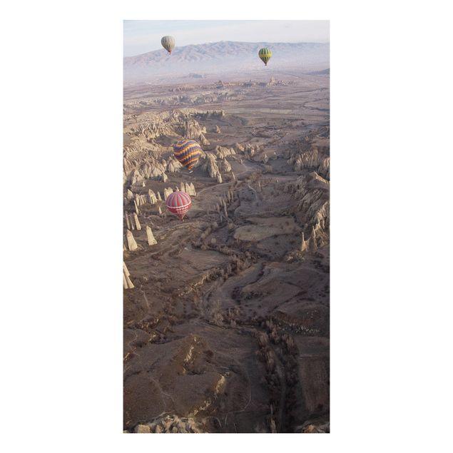 Forex Fine Art Print - Heißluftballons über Anatolien - Hochformat 2:1