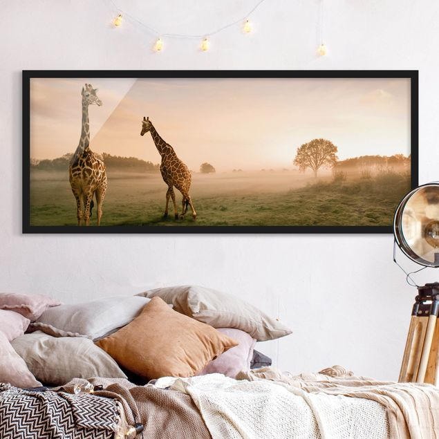 Bild mit Rahmen - Surreal Giraffes - Panorama Querformat