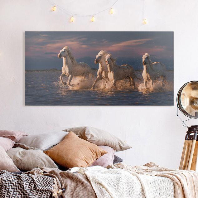 Leinwandbild - Wilde Pferde in Kamargue - Querformat 1:2