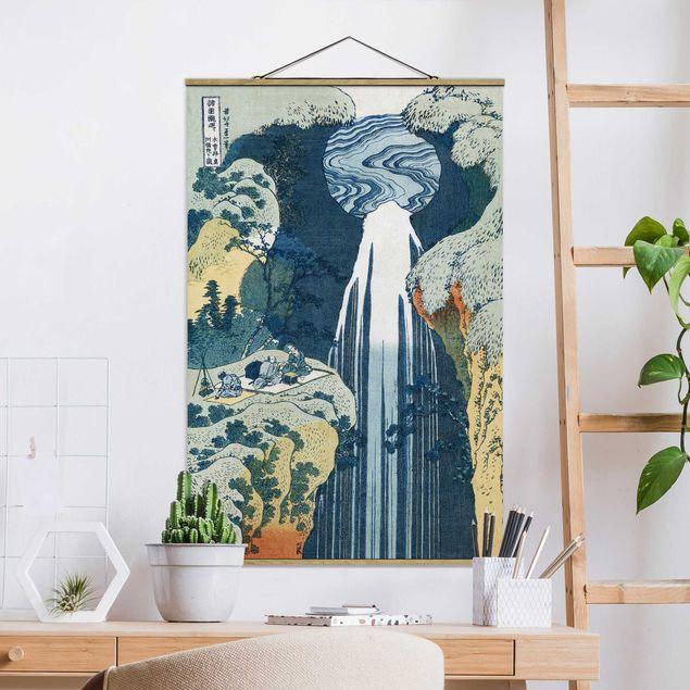 Stoffbild mit Posterleisten - Katsushika Hokusai - Der Wasserfall von Amida - Hochformat 2:3