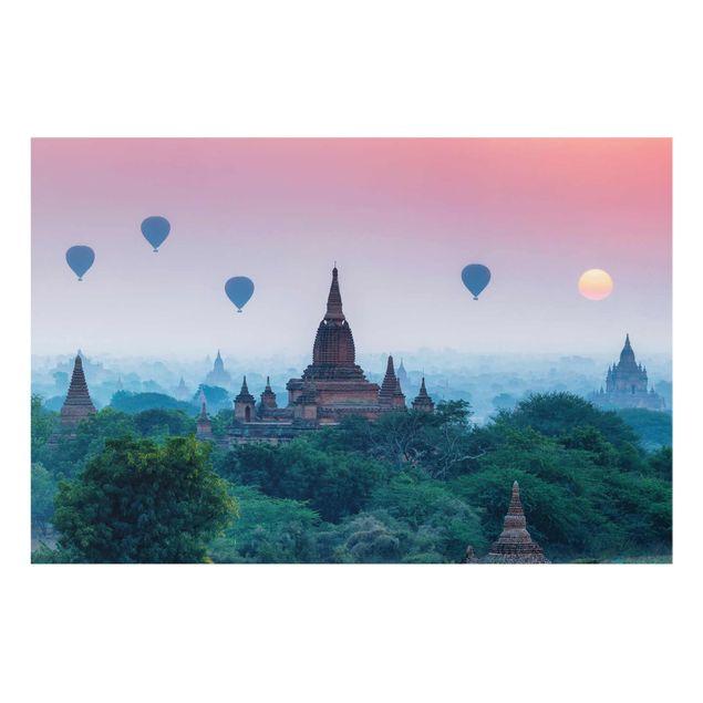 Glasbild - Heißluftballons über Tempelanlage - Querformat 3:2