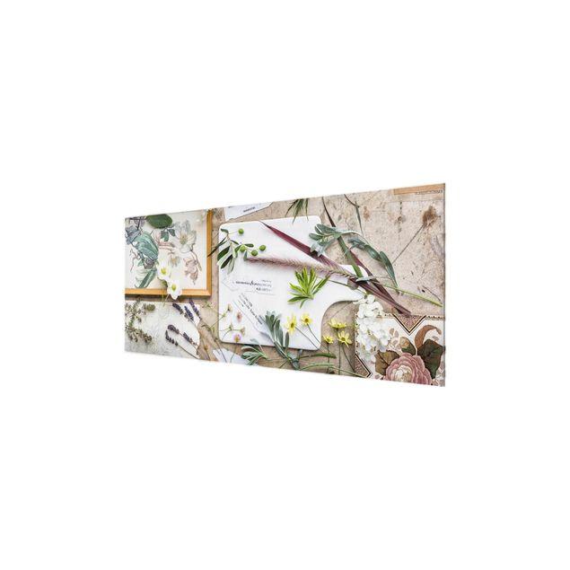 Glasbild - Blumen und Gartenkräuter Vintage - Panorama Quer