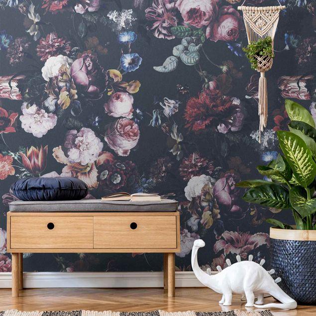 Metallic Tapete - Altmeisterliche Blüten mit Tulpen und Rosen auf Dunkelgrau