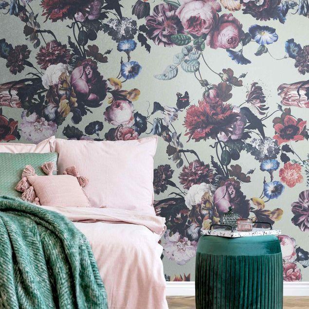 Metallic Tapete - Altmeisterliche Blüten mit Tulpen und Rosen auf Grün