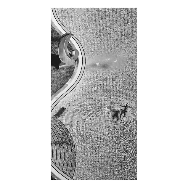 Aluminium Print - Schwimmbad Schwarz-Weiß - Hochformat 2:1