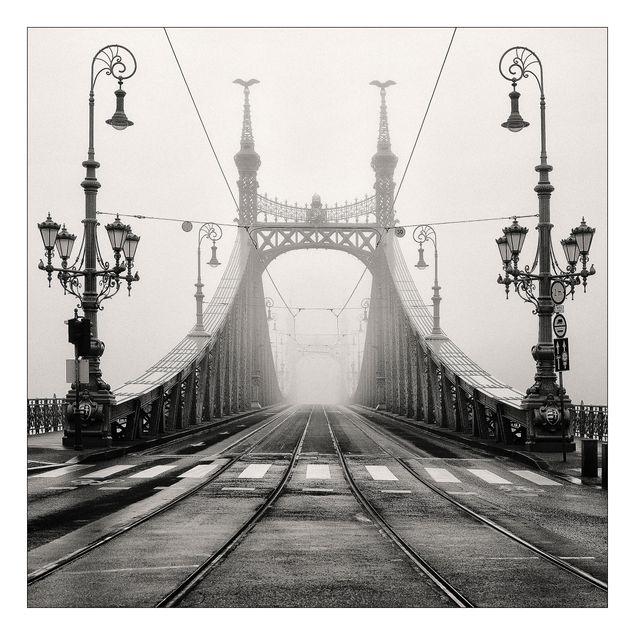 Beistelltisch - Brücke in Budapest