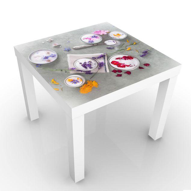 Beistelltisch - Essbare Blüten mit Lavendelzucker