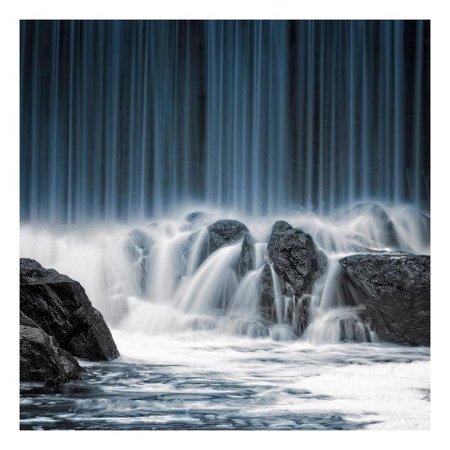 Beistelltisch - Wasserfall in Finnland