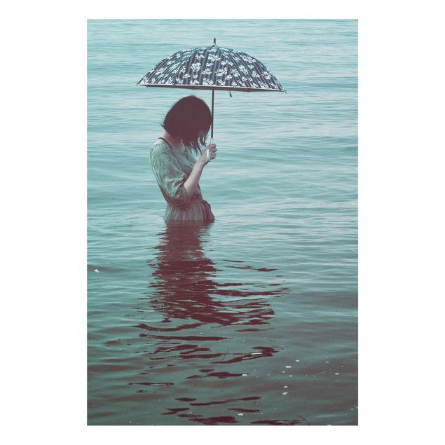Forex Fine Art Print - Spaziergang im Wasser - Hochformat 3:2