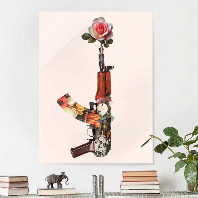 Glasbild - Jonas Loose - Waffe mit Rose - Hochformat 4:3