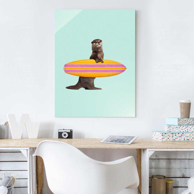 Glasbild - Jonas Loose - Otter mit Surfbrett - Hochformat 4:3