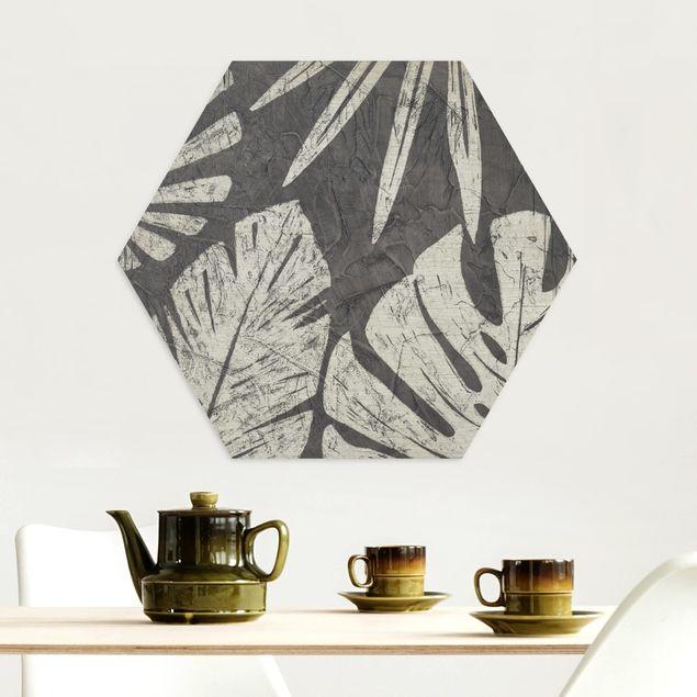 Hexagon Bild Alu-Dibond - Palmenblätter vor Dunkelgrau