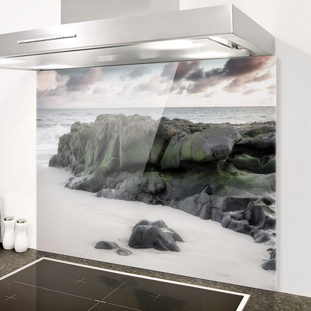 Glas Spritzschutz - Felsen am Strand - Querformat - 4:3