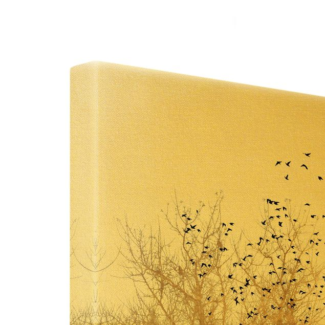 Leinwandbild Gold - Vogelschwarm vor goldenem Baum - Hochformat 3:4