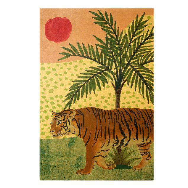Leinwandbild Gold - Spazierender Tiger im Morgenrot - Hochformat 2:3
