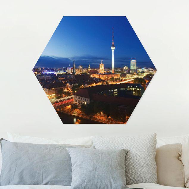 Hexagon Bild Forex - Fernsehturm bei Nacht