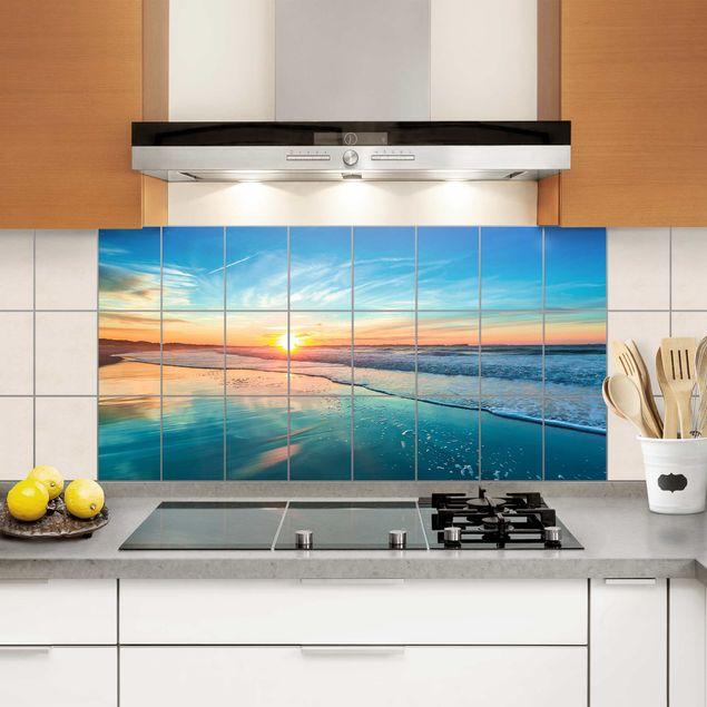 Fliesenbild - Romantischer Sonnenuntergang am Meer