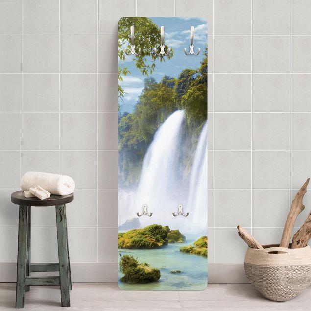 Garderobe - Amazon Waters