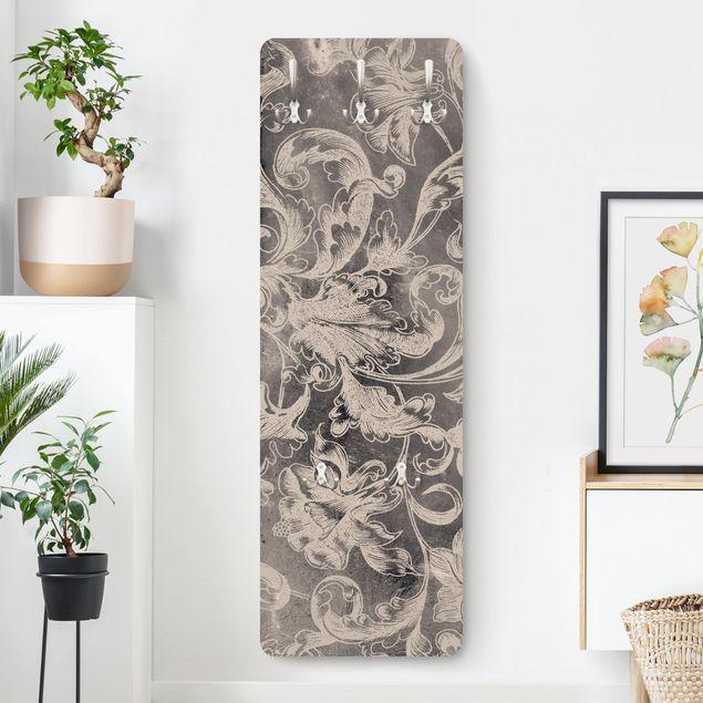 Garderobe - Verblühtes Blumenornament I