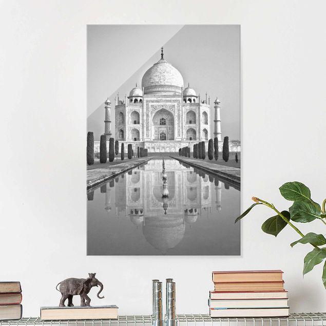 Glasbild - Taj Mahal mit Garten - Hochformat 3:2