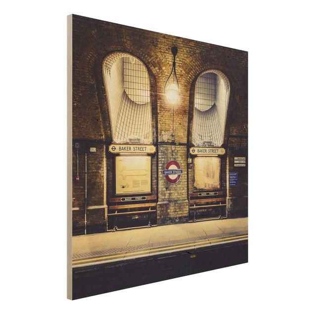 Wandbild aus Holz - Baker Street - Quadrat 1:1