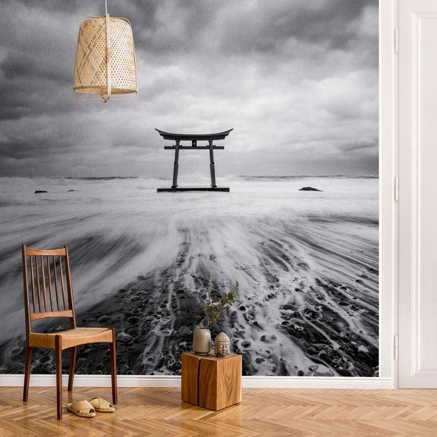 Metallic Tapete - Japanisches Torii im Meer