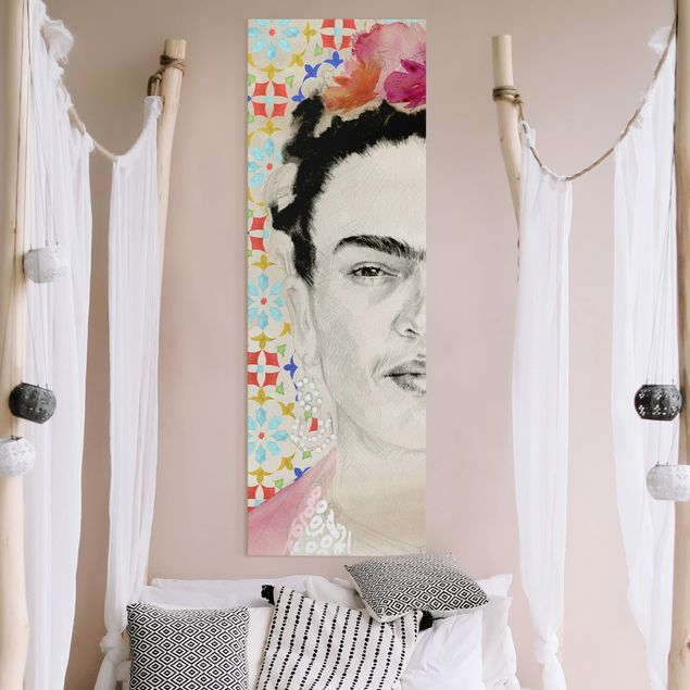 Leinwandbild - Frida mit rosa Blüten II - Panorama Hochformat 3:1