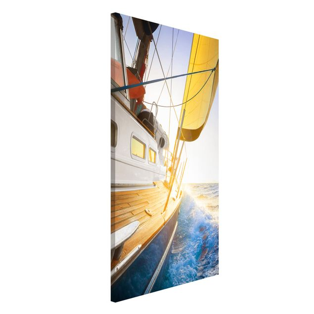 Magnettafel - Segelboot auf blauem Meer bei Sonnenschein - Memoboard Hoch