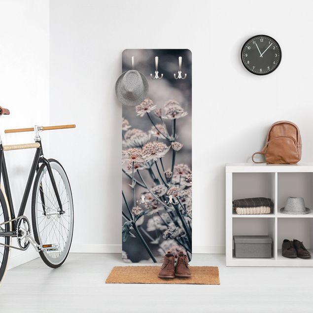 Garderobe - Mystischer Blütenstrauch