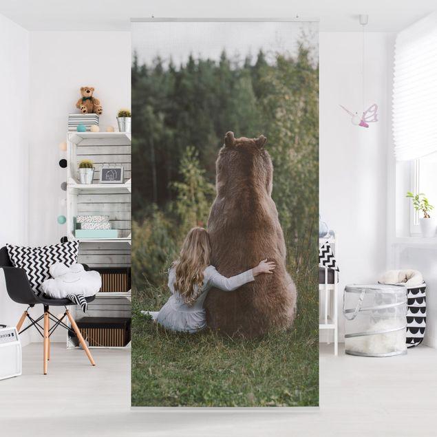 Raumteiler - Mädchen mit Braunbär - 250x120cm