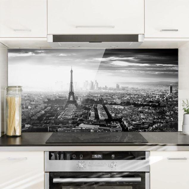 Spritzschutz Glas - Der Eiffelturm von Oben Schwarz-weiß - Querformat 1:2