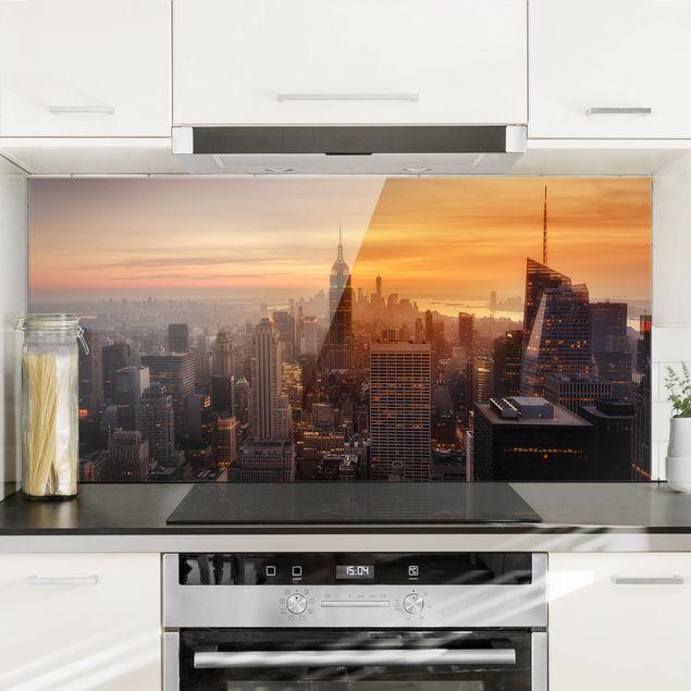 Spritzschutz Glas - Manhattan Skyline Abendstimmung - Querformat 1:2